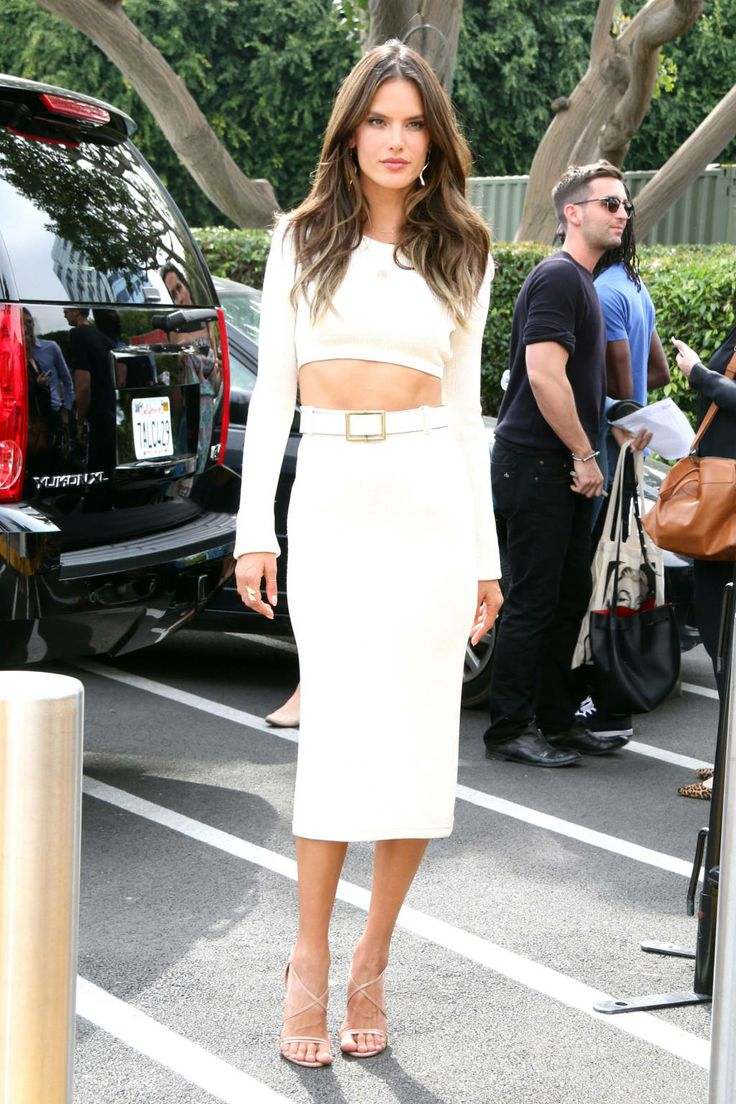 Alessandra-Ambrosio-in-Calvin-Klein-crop-top-and-high-waisted-skirt