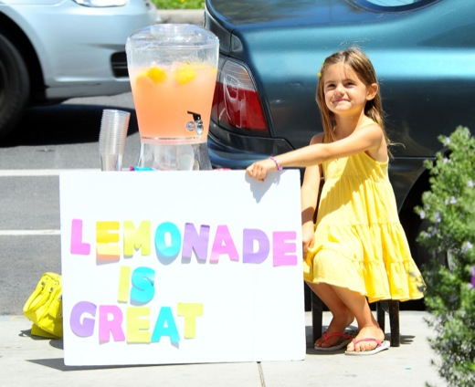 Alessandra Ambrosio Stops By Her Daughters Lemonade Stand