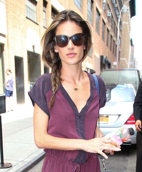 alessandra-ambrosio-hair-fix-braid