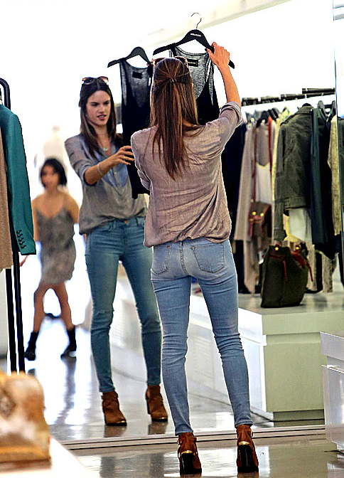 Shopping Habits to Break & How to Shop Smarter