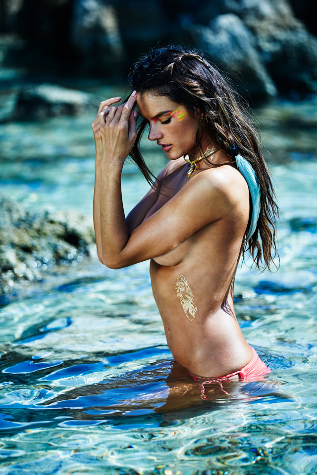 alessandra-ambrosio-ale-aby-alessandra-body-art-collection-gold-back.jpg
