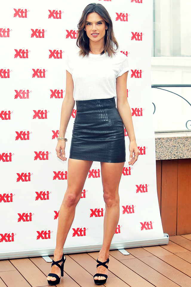 ale-by-alessandra-alessandra-ambrosio-leather-skirt-04